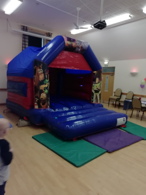 Bouncy Castle Parties from It's Funtime Bouncy Castle Hire