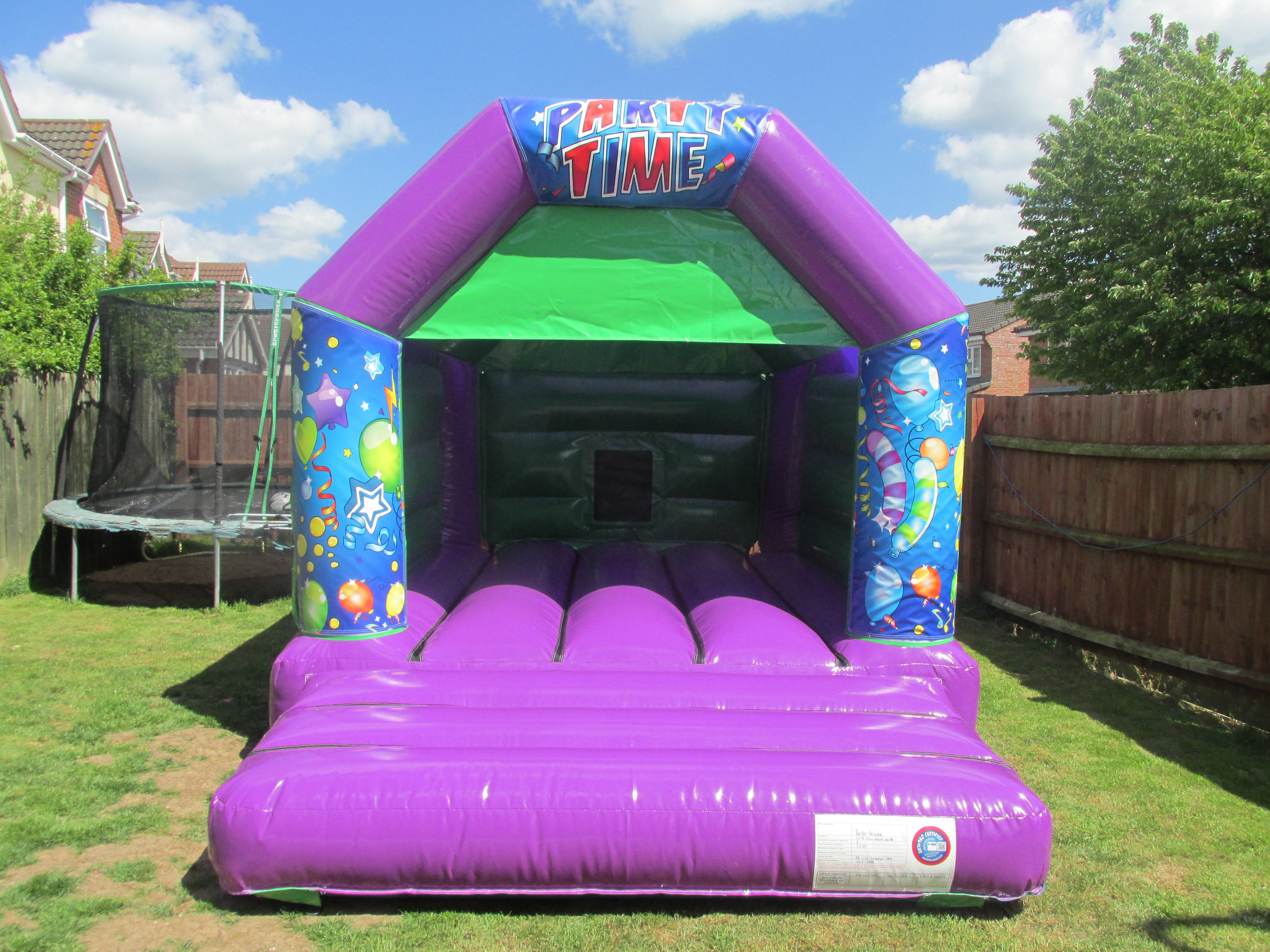 Party Time Bouncy Castle for Hire Grantham, Peterborough, Spalding and Bourne