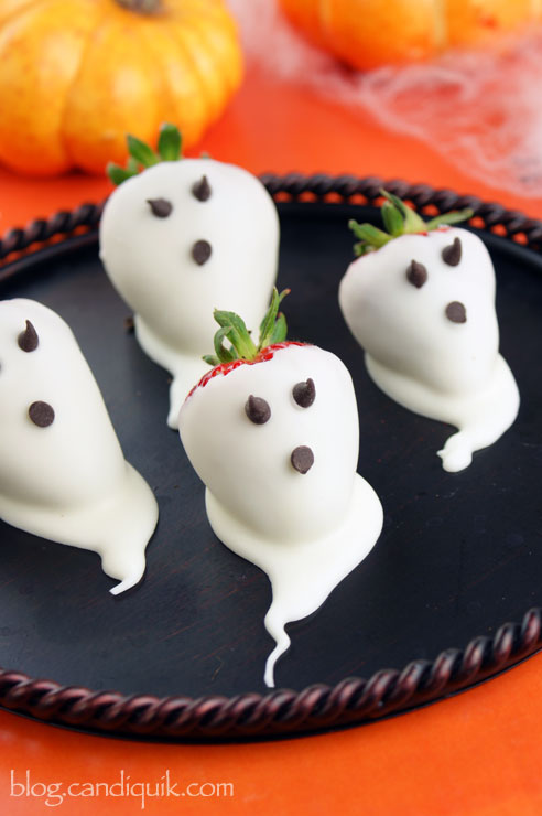Strawberry Ghosts - Halloween Recipes