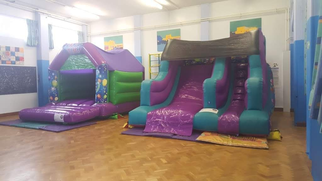 Bouncy Castle Parties In Bourne - Horbling Browns School